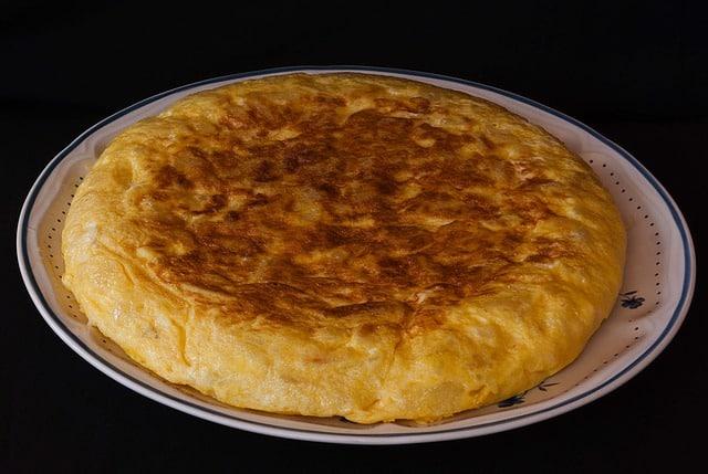fritata de huevo navideño