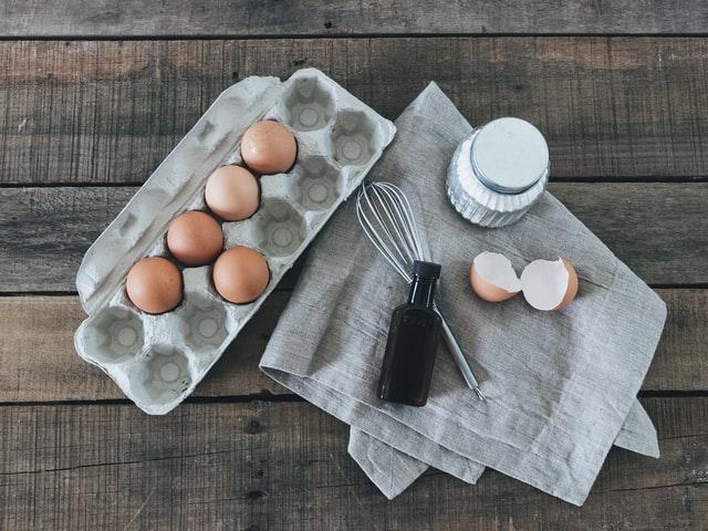 huevos con fecha caducada